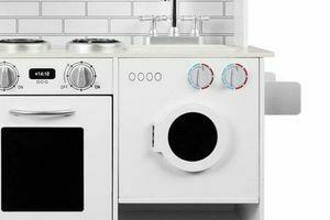 Cocina de juguete con lavadora